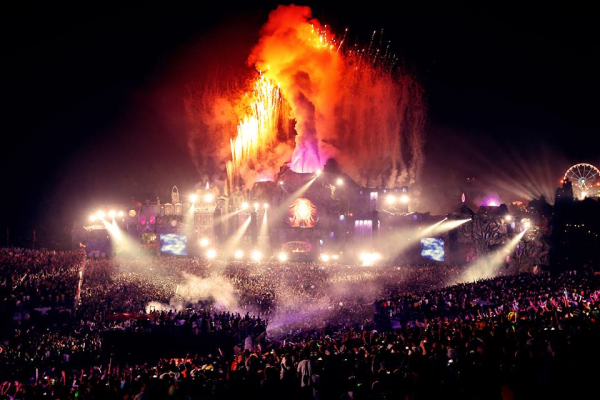 Mainstage TomorrowWorld 2014_NRFmagazine