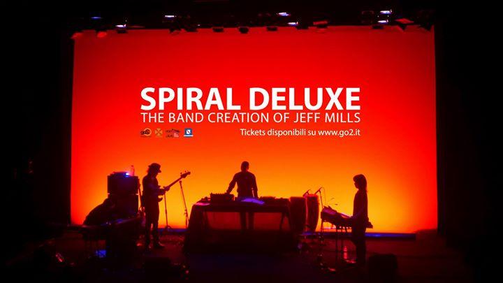 Spiral Deluxe_Jeff Mils