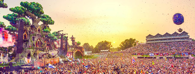 Tomorrowland_NRFmagazine
